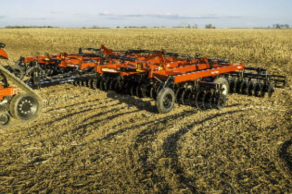 CroppedImage600400-FarmKing-Tillage-VerticalTillage-Series.jpg