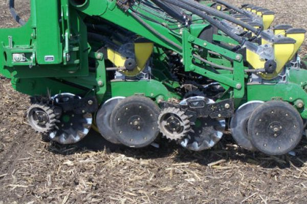 CroppedImage600400-Yetter-2967-042A-JDCoulters.jpg